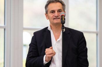Richard Greil hatte Fragen zum Trans-PALLAS Biomaterial.