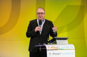 Michael Gnant stieß später dazu und moderierte den vierten Vortrag an.